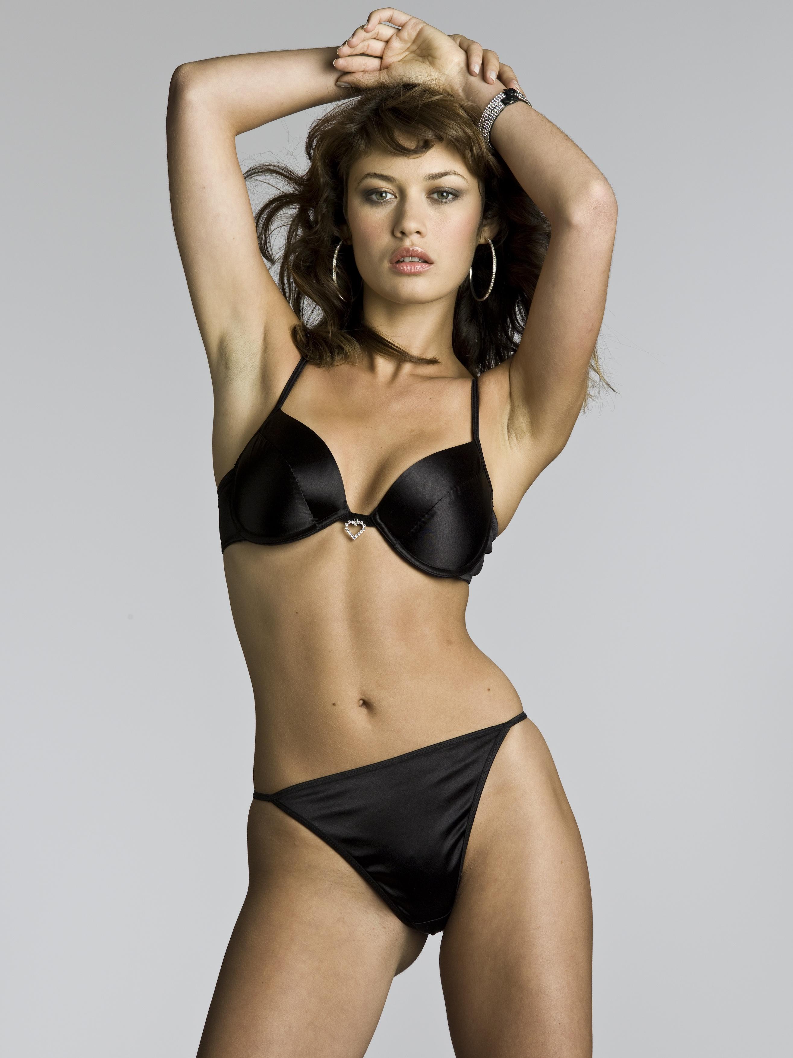 Olga Kurylenko Black Bra and Panties with Heart Shaped Diamente