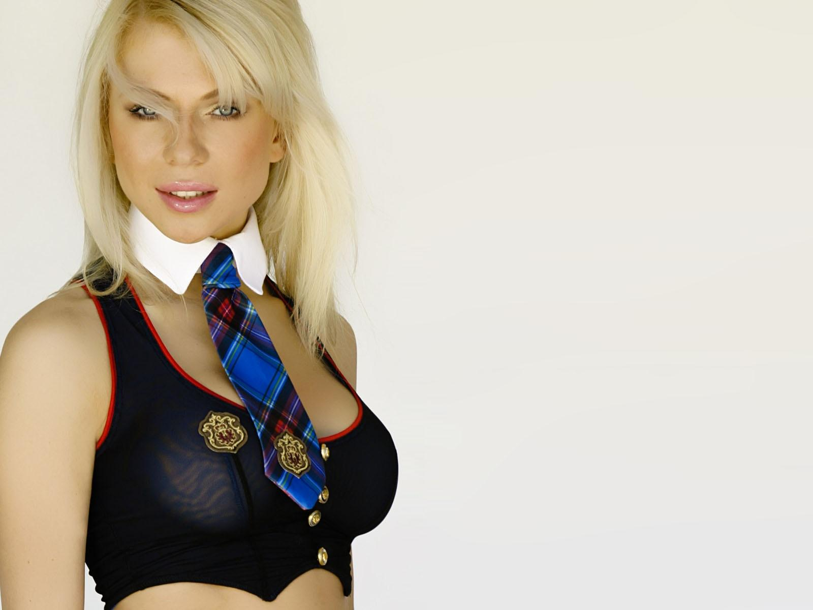 Blue,top Tartan Tie With White Collar