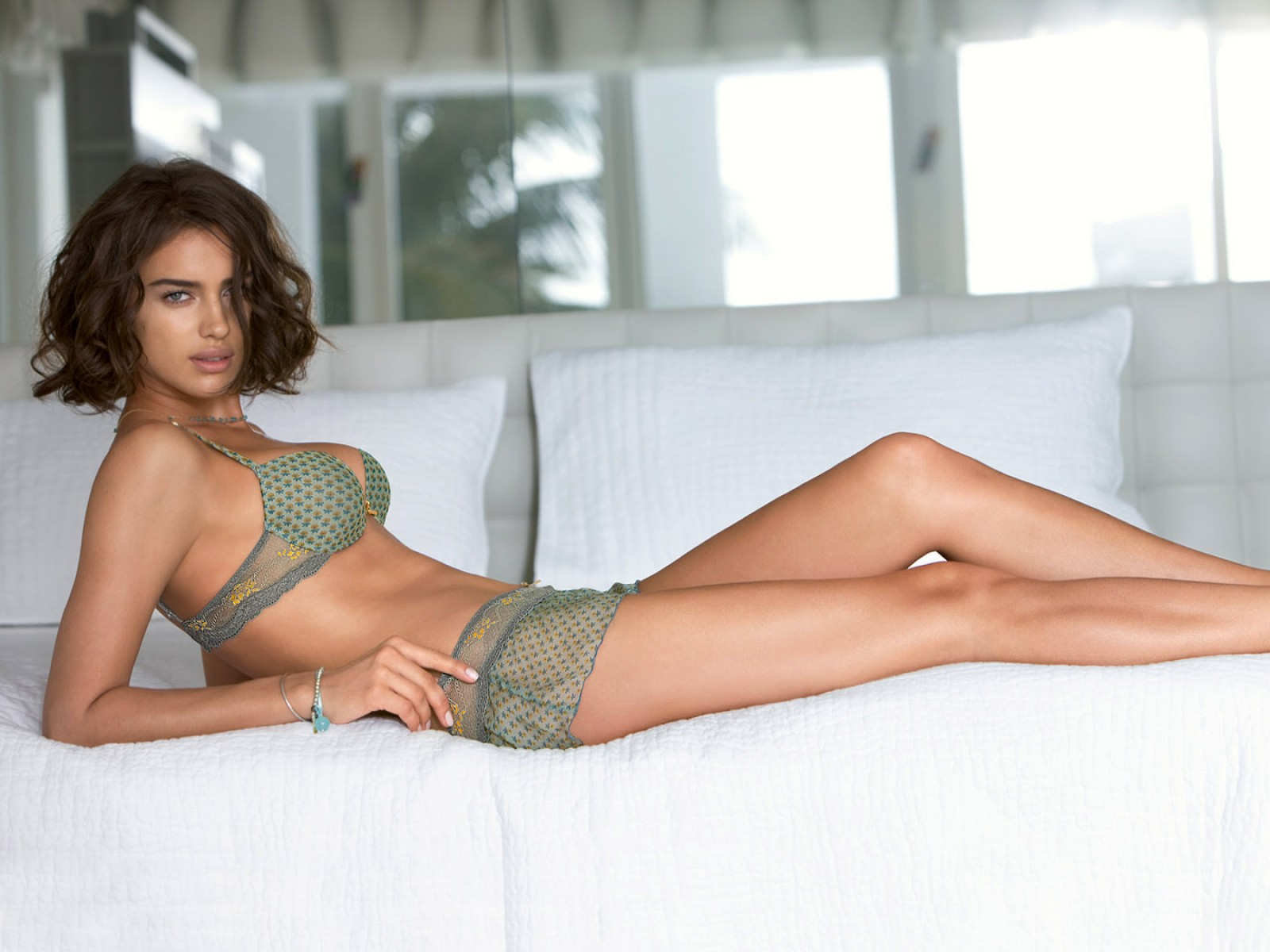 Green,pattern Bra & Knickers