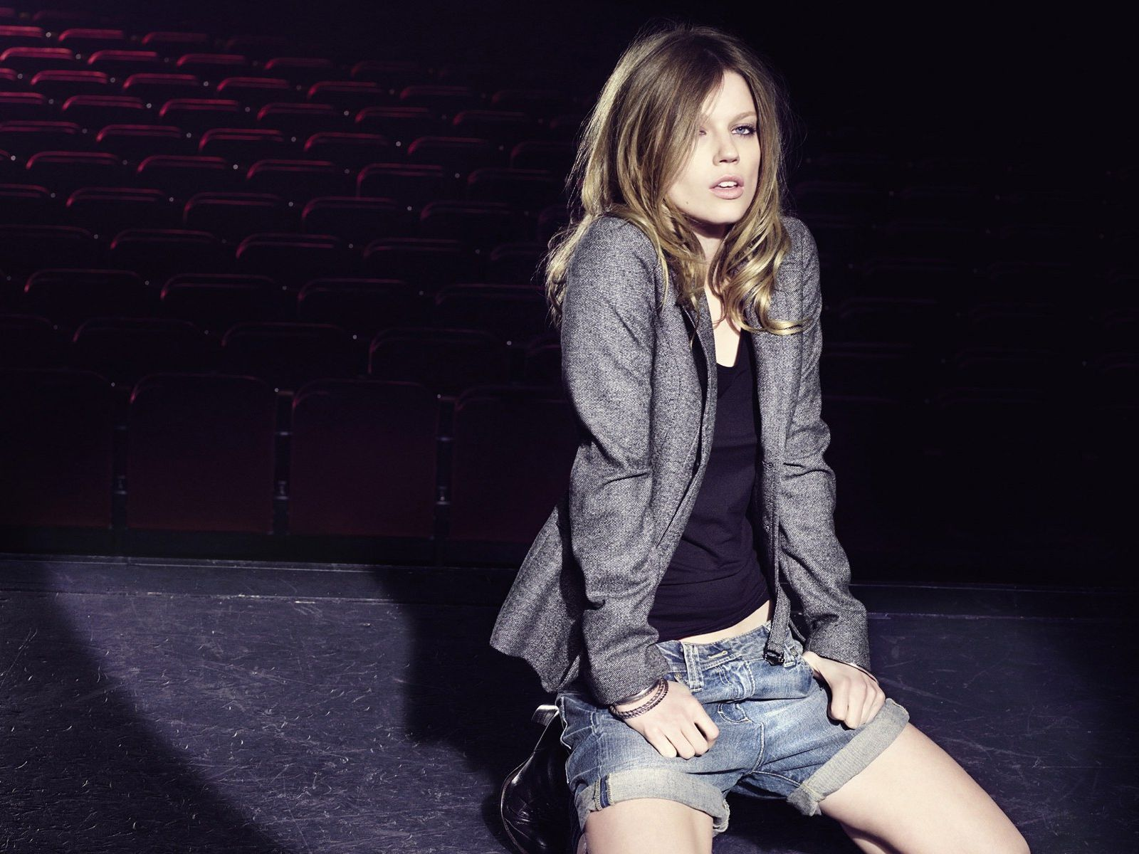 Grey,patterned Jacket Blue Jeans Shorts