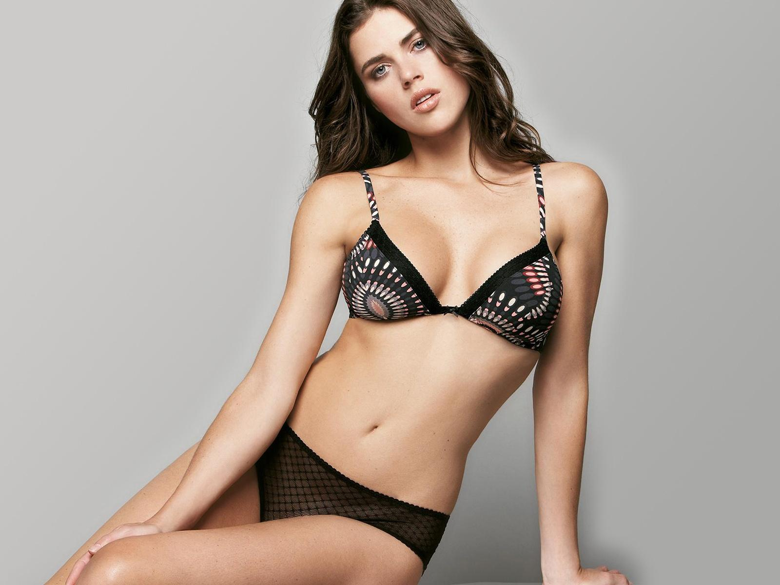 Black,bra & Knickers Pink & White Pattern