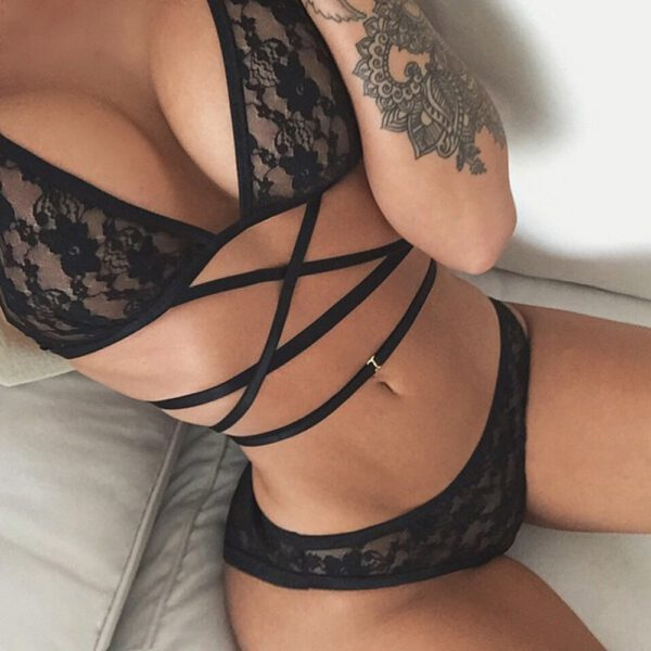Erotic Lingerie Women Sexy Big Yards See-through Lace Underwear Temptation Three Point Suits Lingerie